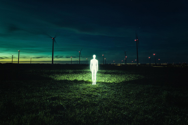 Severin Ettlin, HOMOLUX - illuminated body in field