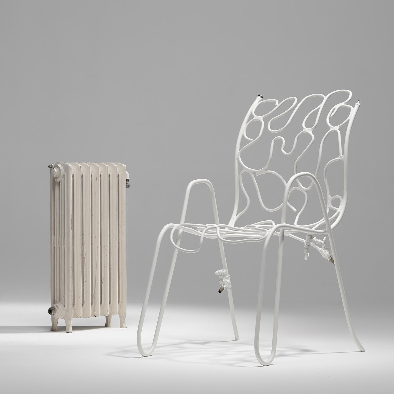 Scottie Heated chair by Fabrique Publique