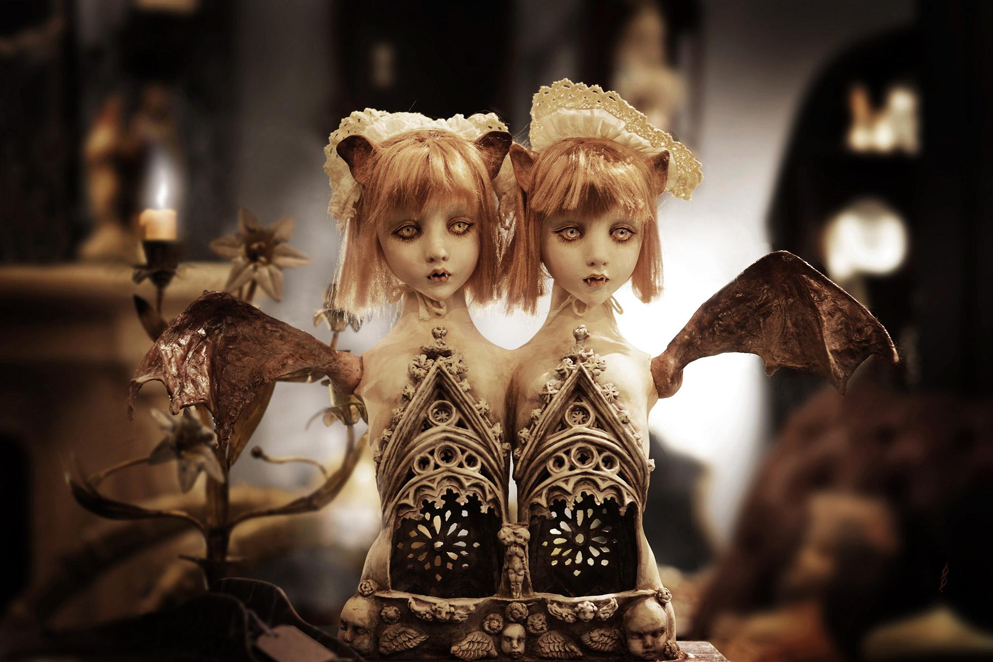 Mari Shimizu - Bat Twins