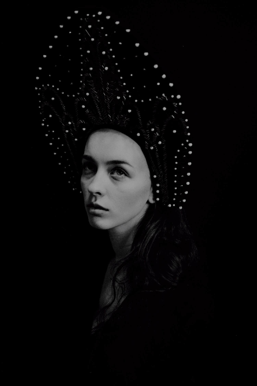 Corpus Vertebrae - woman with crown