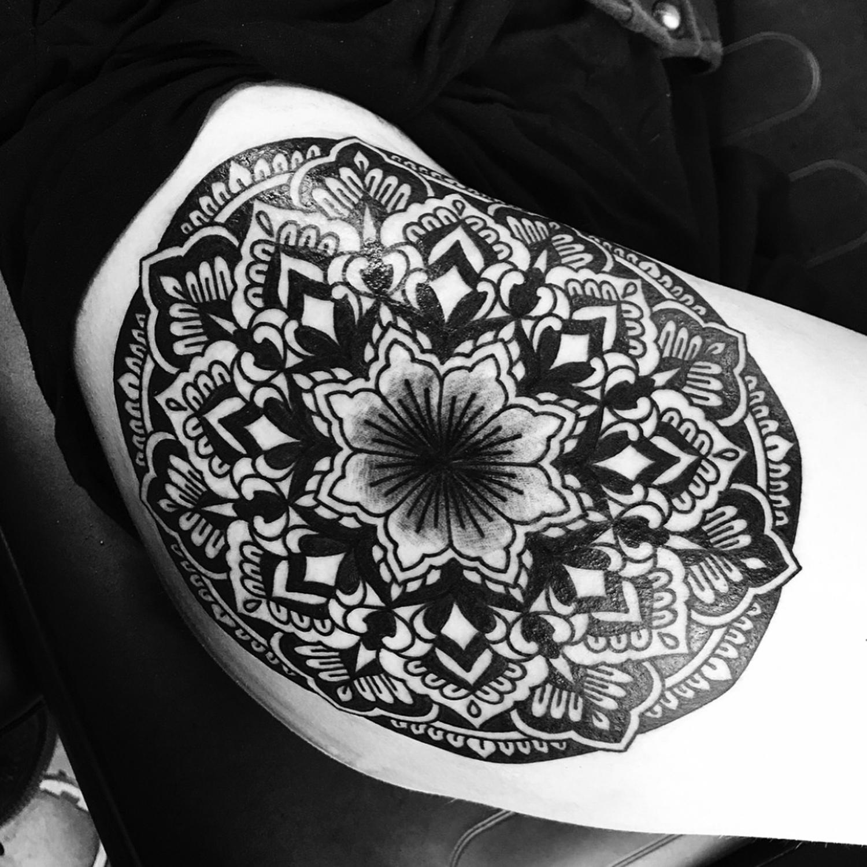 Ellemental Tattoos - hip tattoo