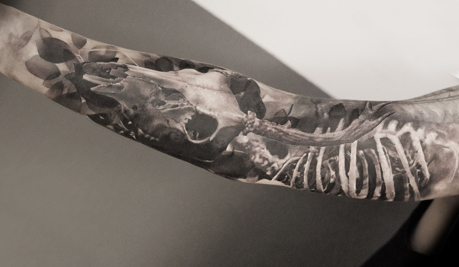 animal skull tattoo, black and grey tattoos