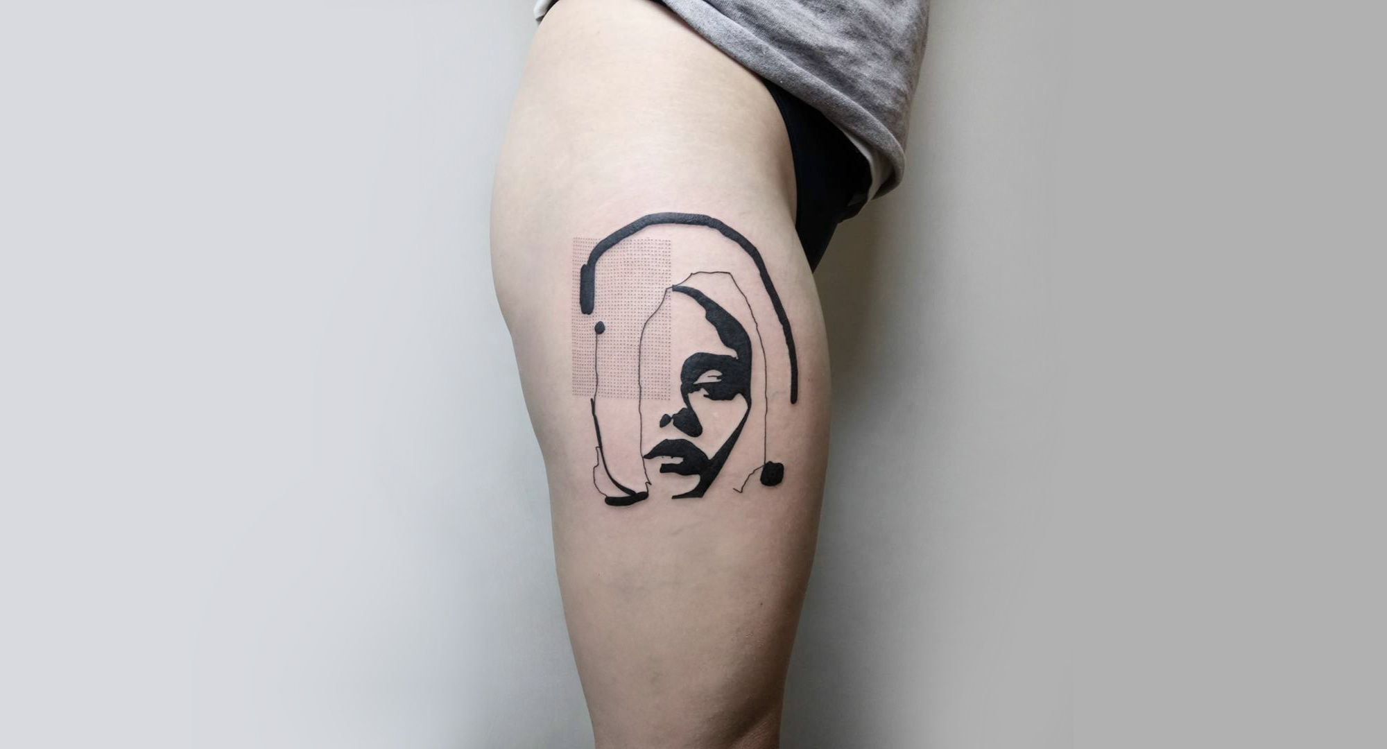 Smokey pop portrait tattoo by Andrey Volkov