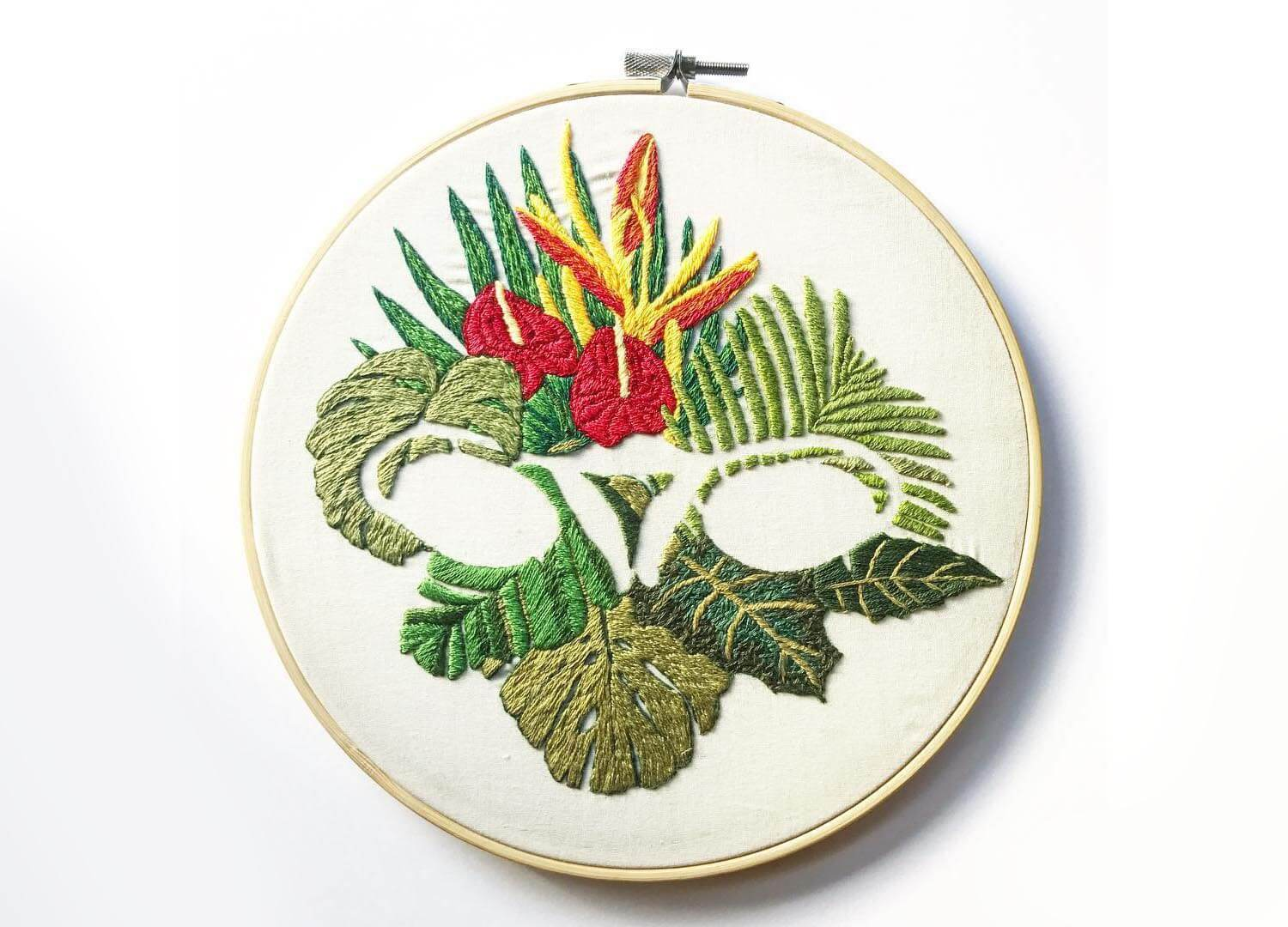 Ovaries embroidery with flower motif
