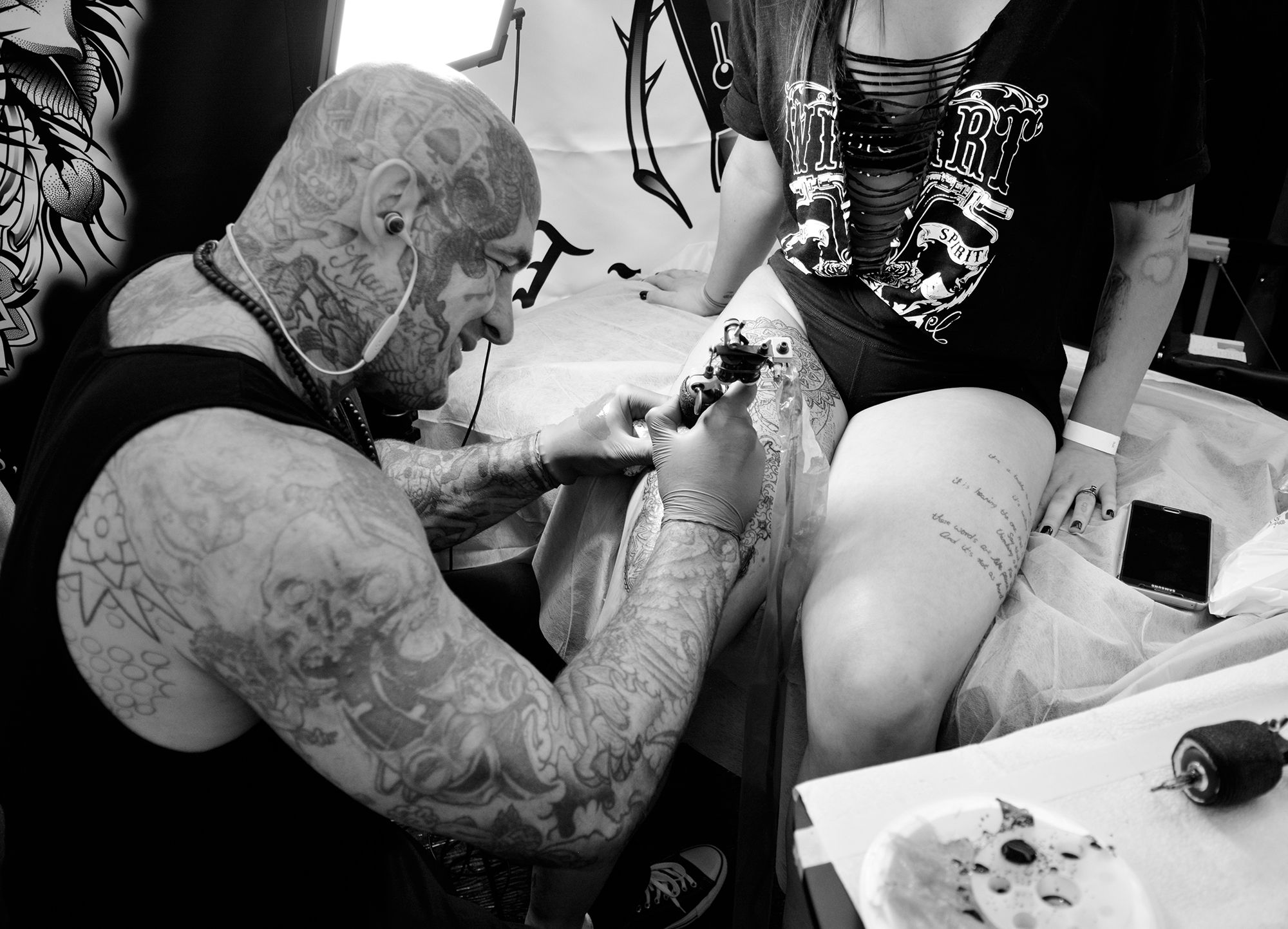 tattooer Joseph Haefs at the van isle tattoo expo, convention