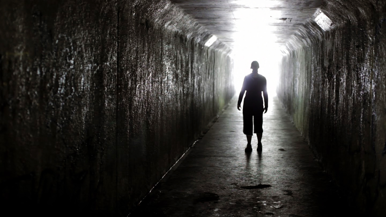 Cosmic Horror Movies - Absentia, the tunnel