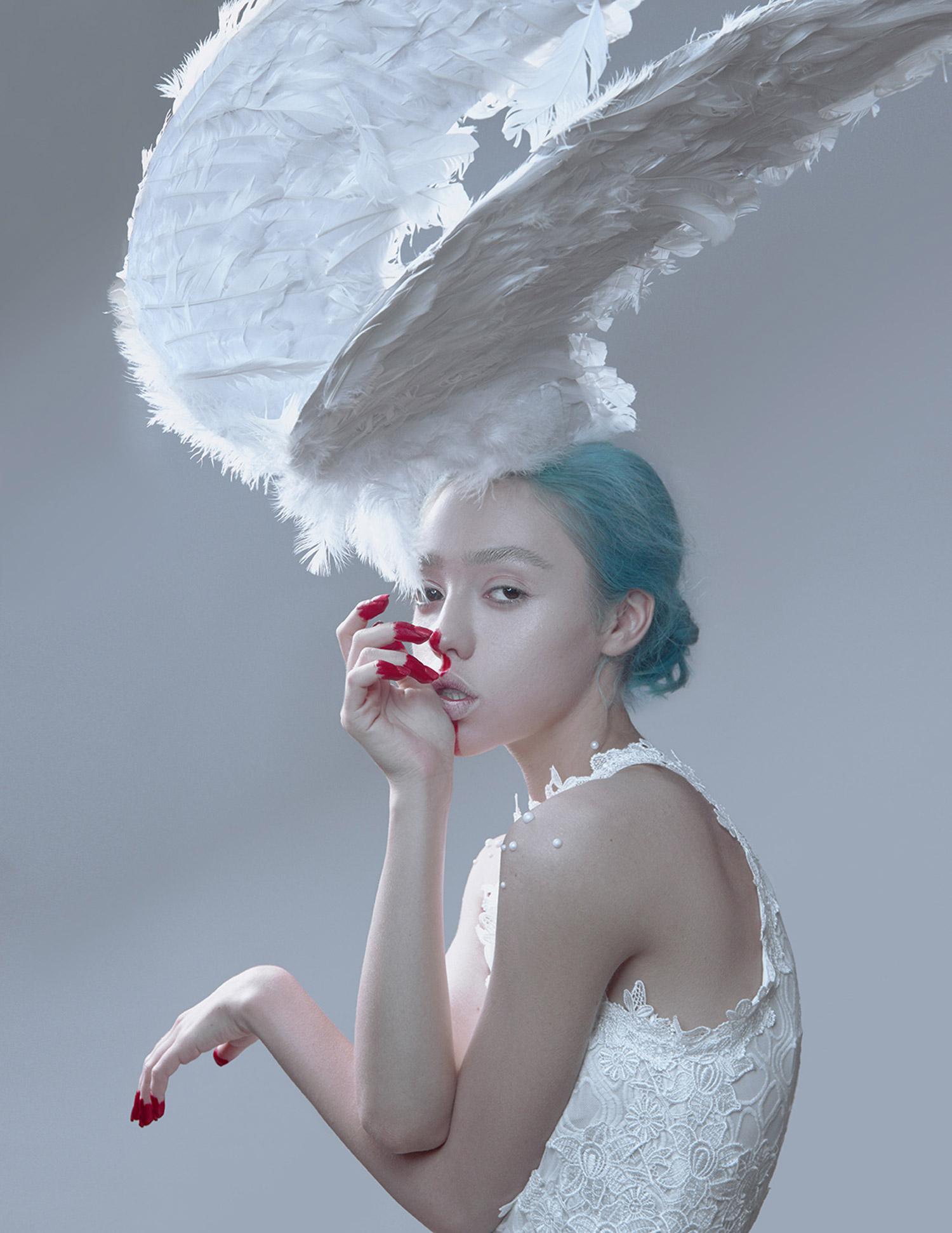 Ilona D. Veresk - Moonlight - wings