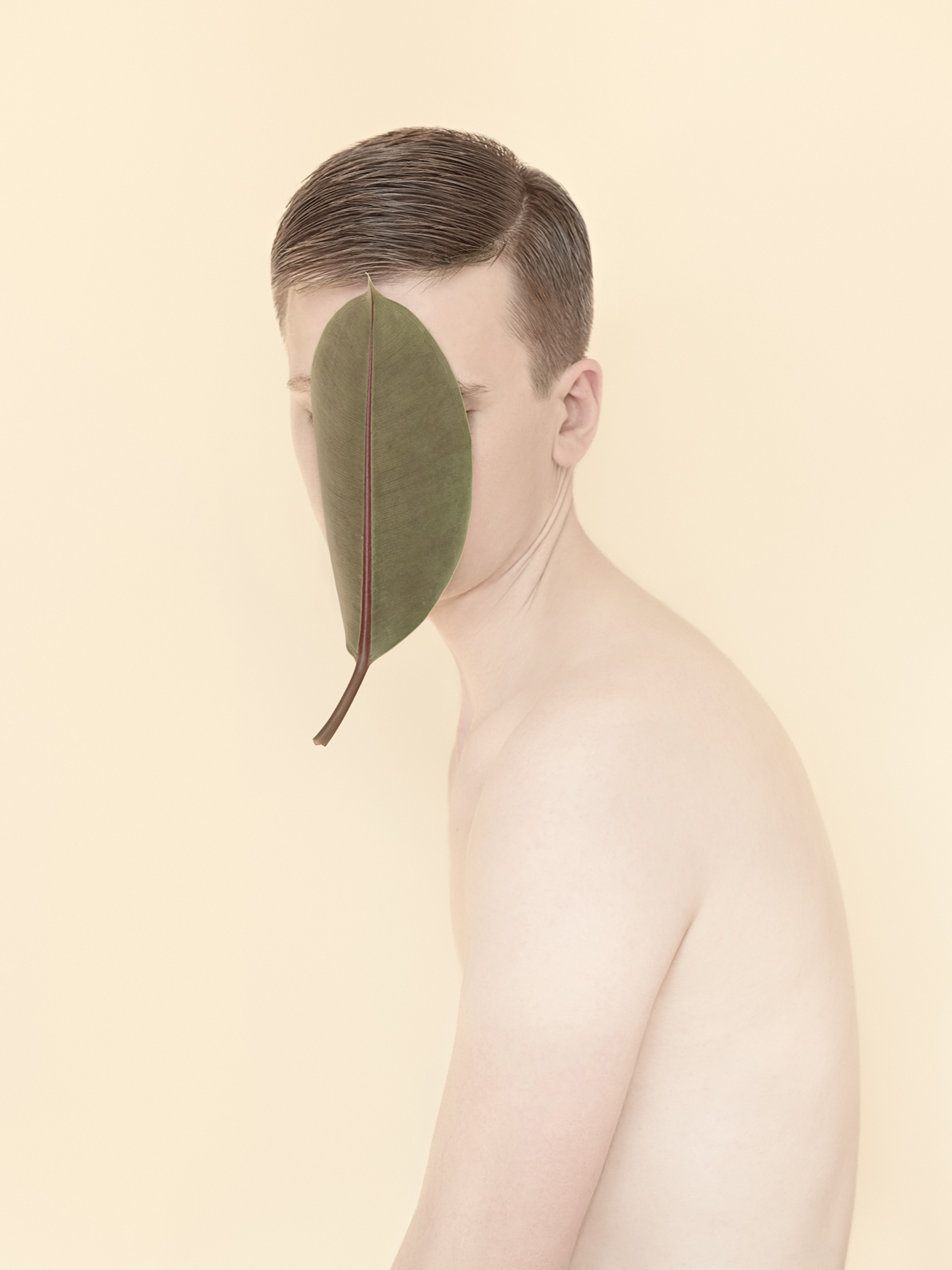 Kristina Varaksina - Anonymous - face leaf