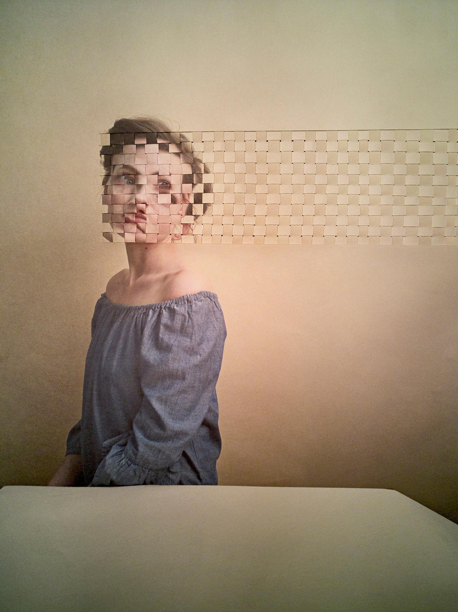 Alma Haser - Sarah