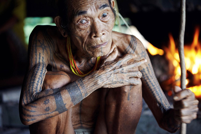 Adam Koziol - Mentawai tribe, crouching