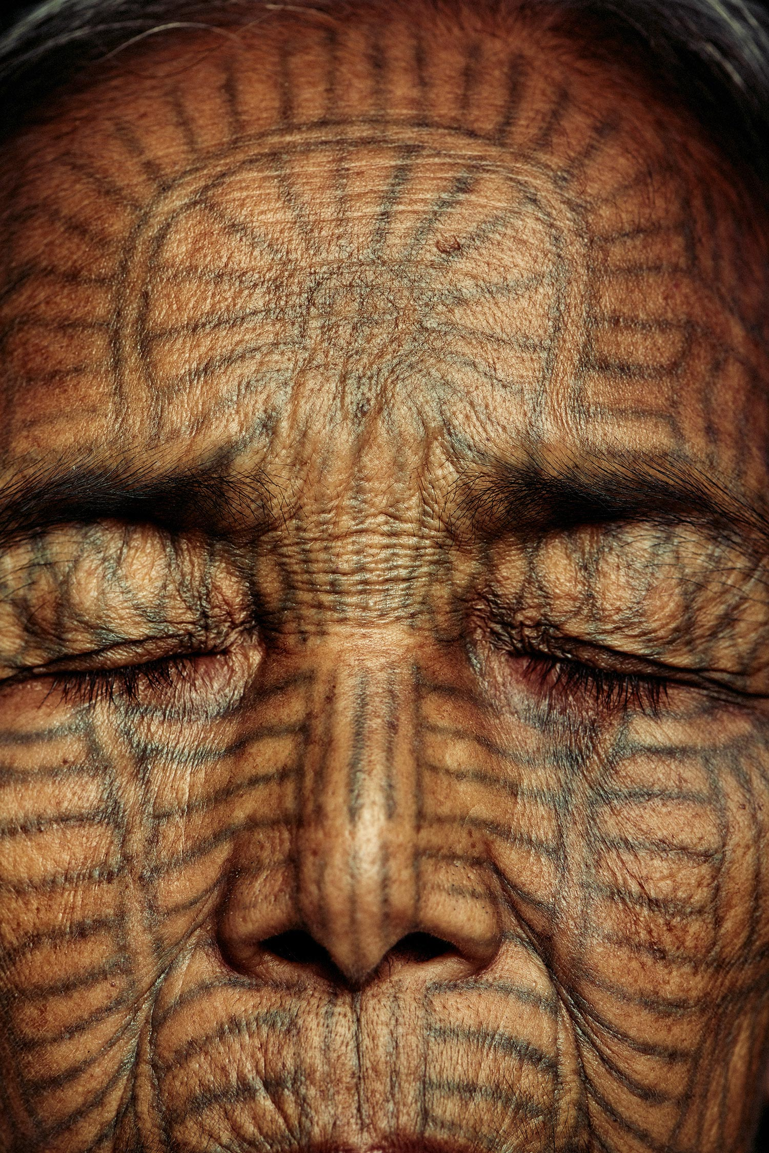 Adam Koziol - Chin tribe, close-up