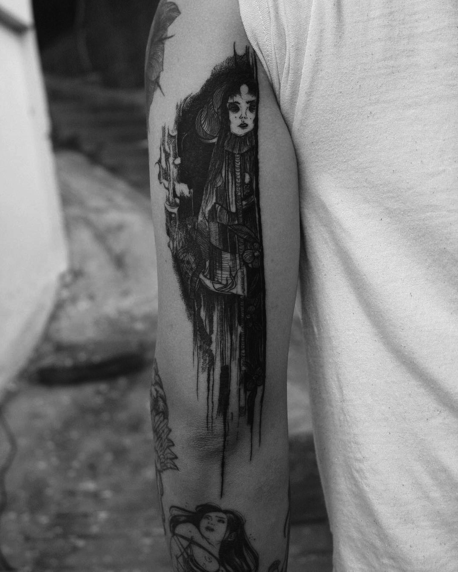 Suhwan Bak - Goth Gloomy tattoo - creepy ghost