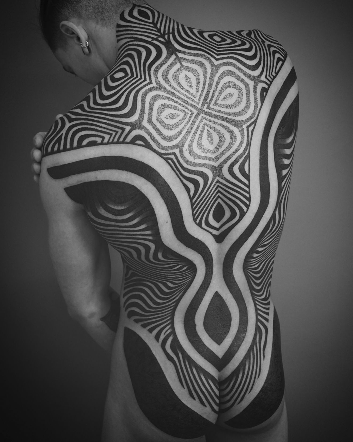 full back tattoo, blackwork, pattern