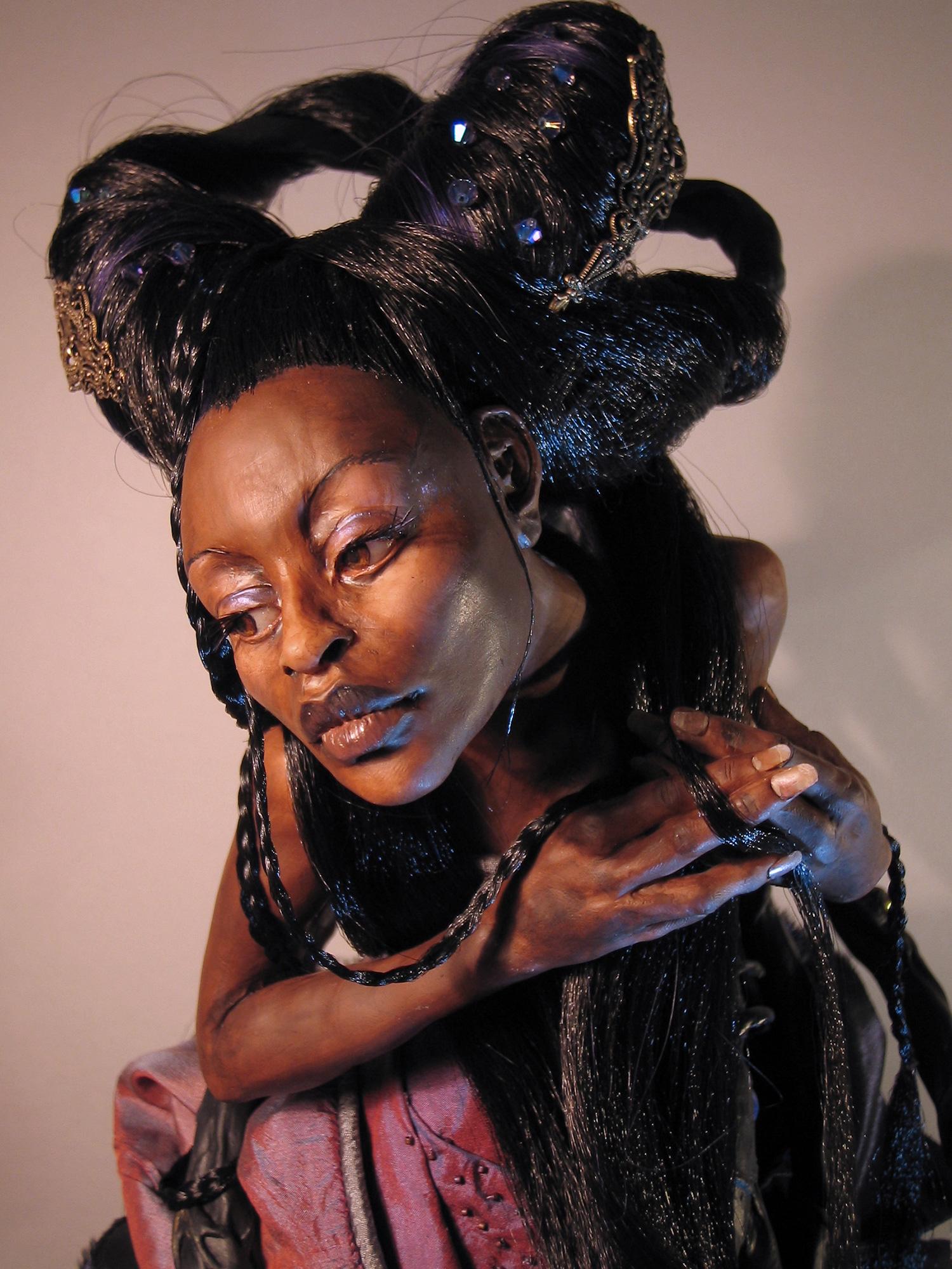 Virginie Ropars - SABAQUEEN doll sculpture