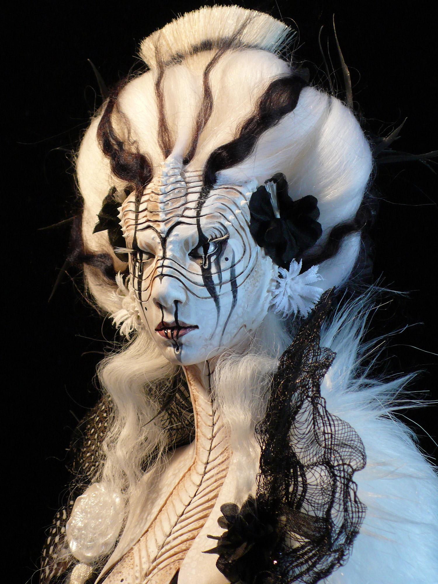 Virginie Ropars - ZLobster doll sculpture