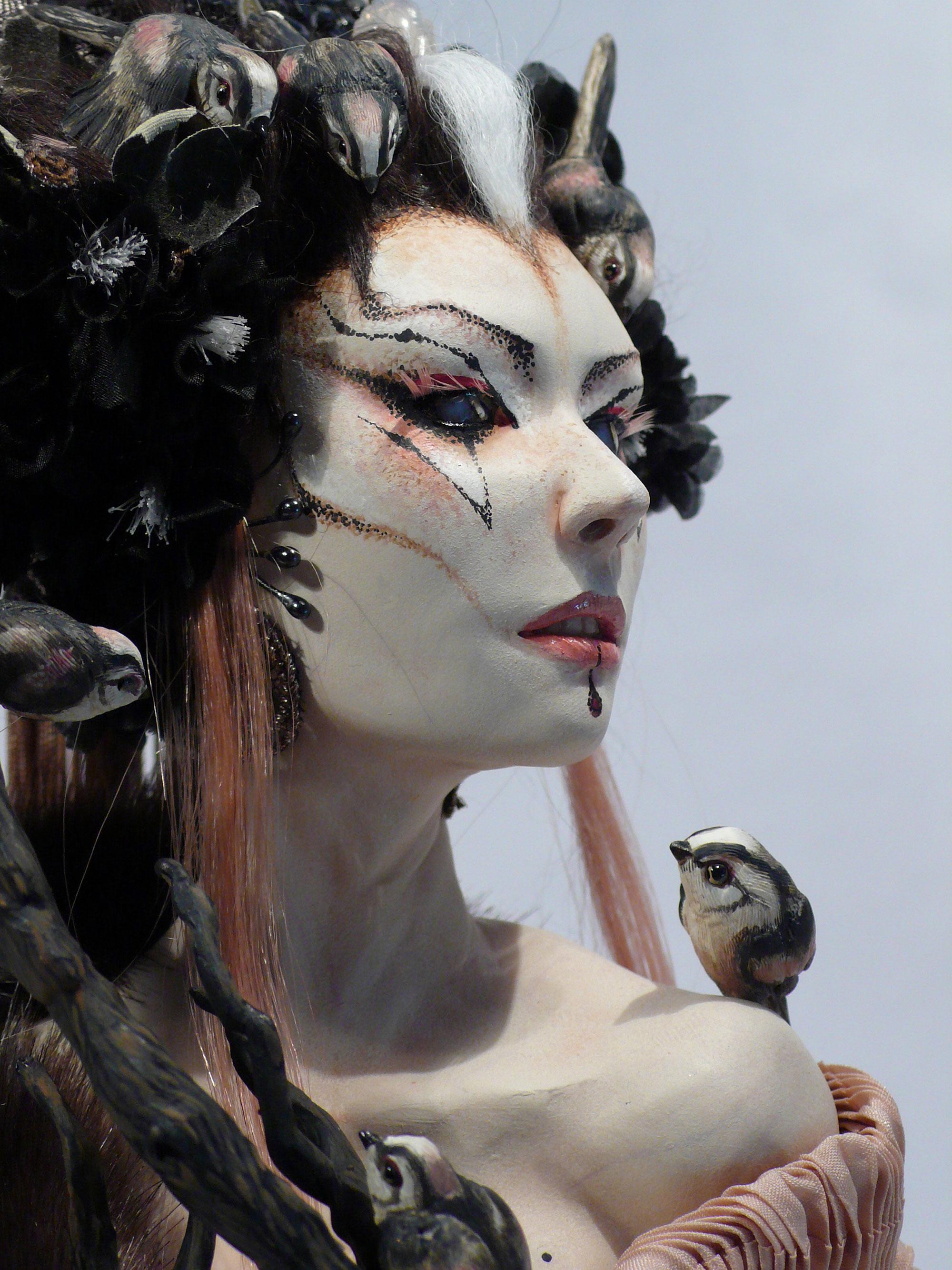 Virginie Ropars - GATHERING doll sculpture