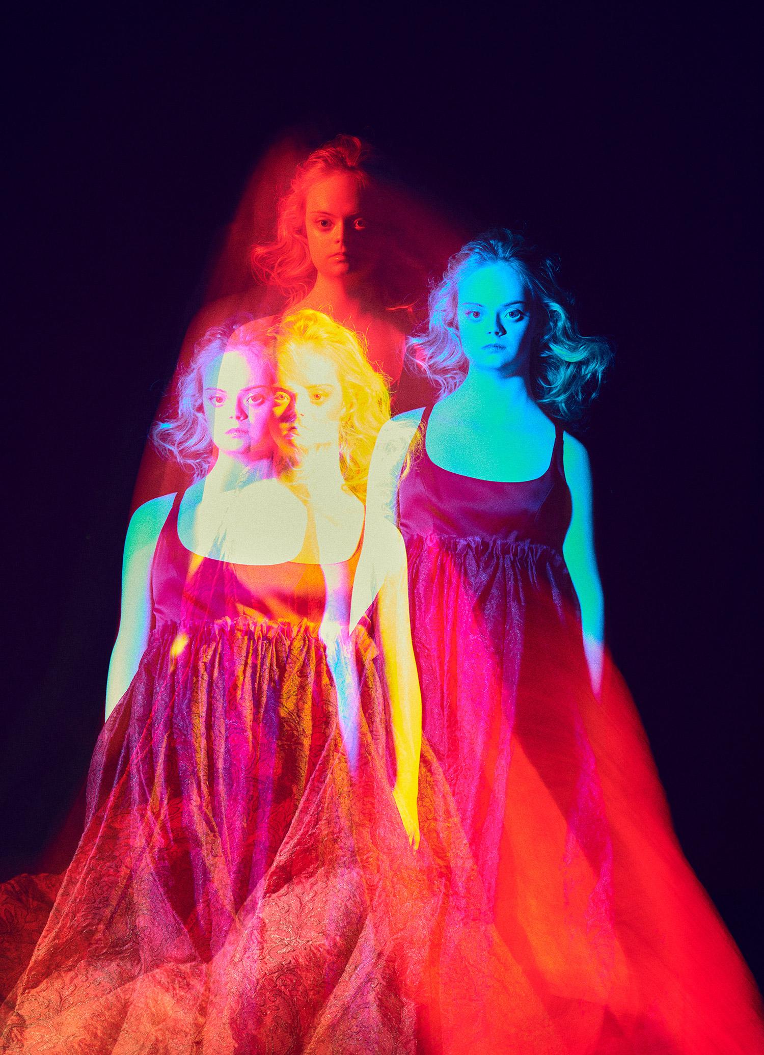 Elizaveta Porodina - Lily Moore - colorful double-vision