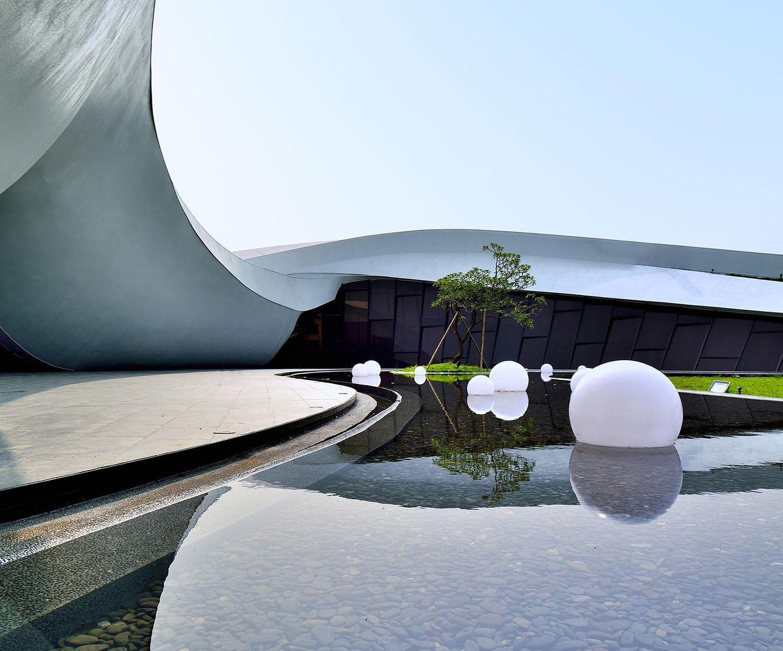 Flowing Tai Chi Sales center by Chih-Kai, Kang & Chun-Ping, Li