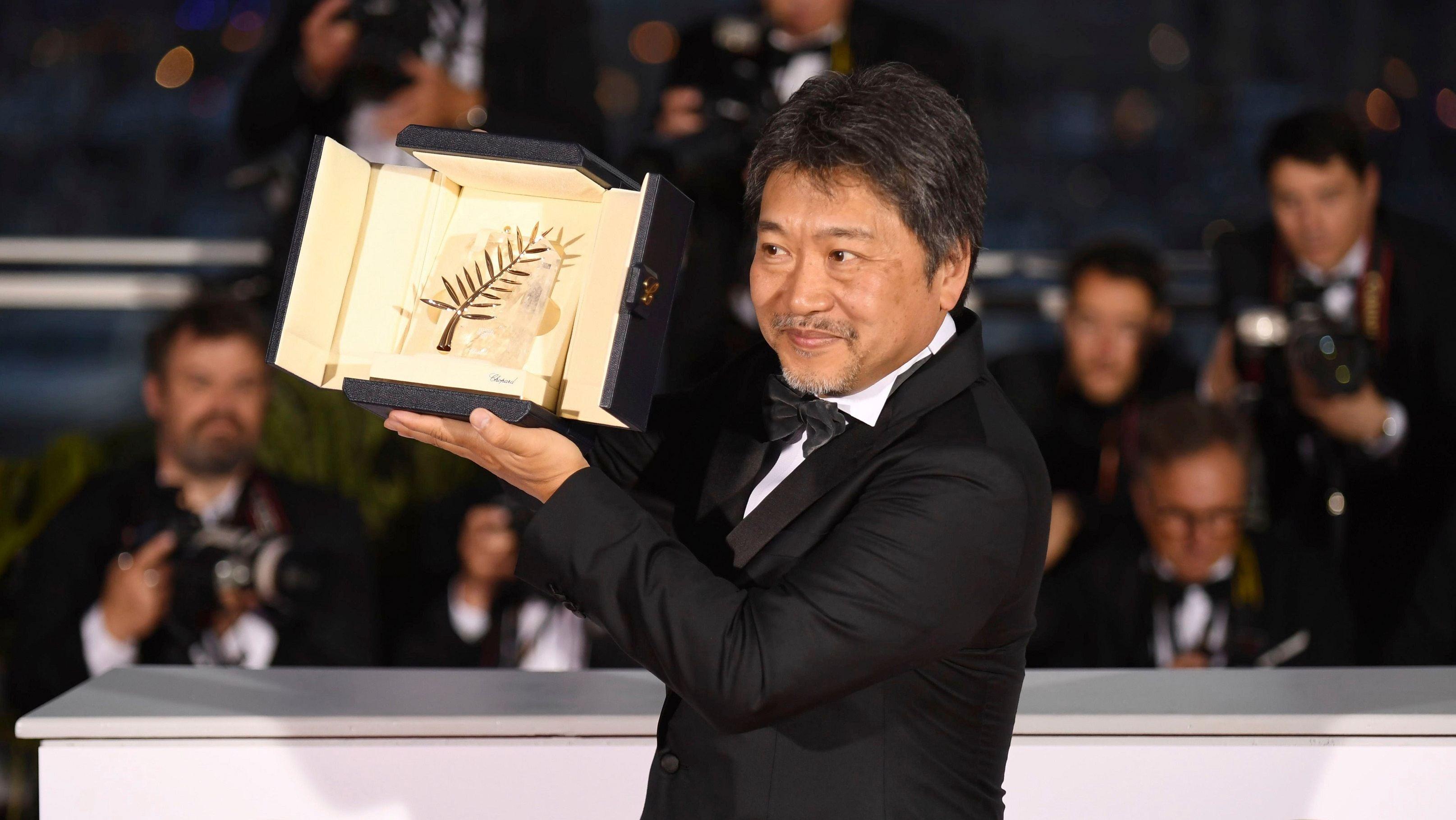 director Hirokazu Kore-eda, the truth movie