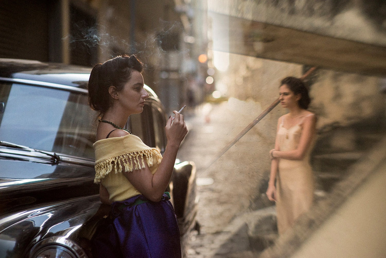 woman smoking, The Invisible Life of Euridice Gusmao film