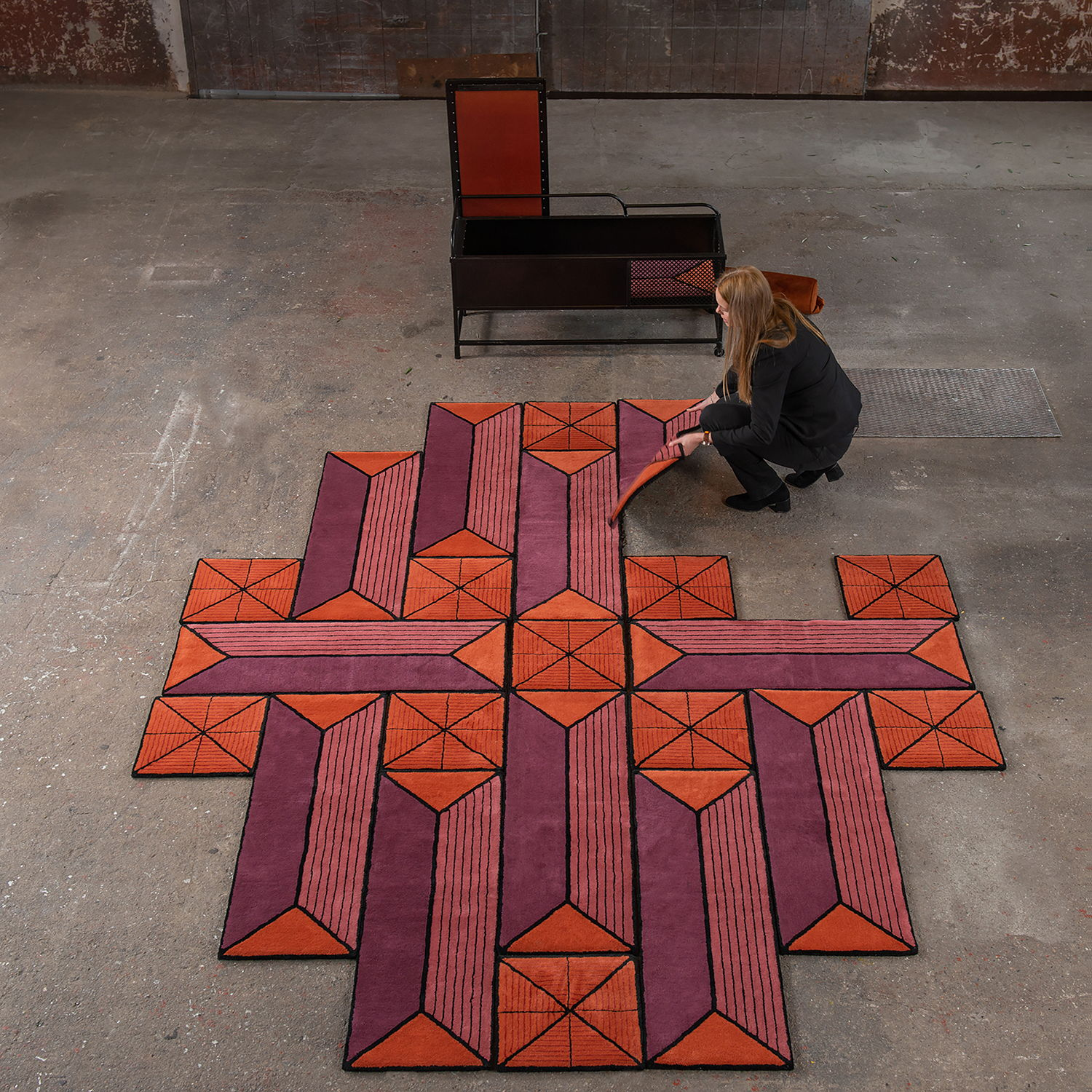 Optical illusion carpet, Rug by Ingrid Kulper