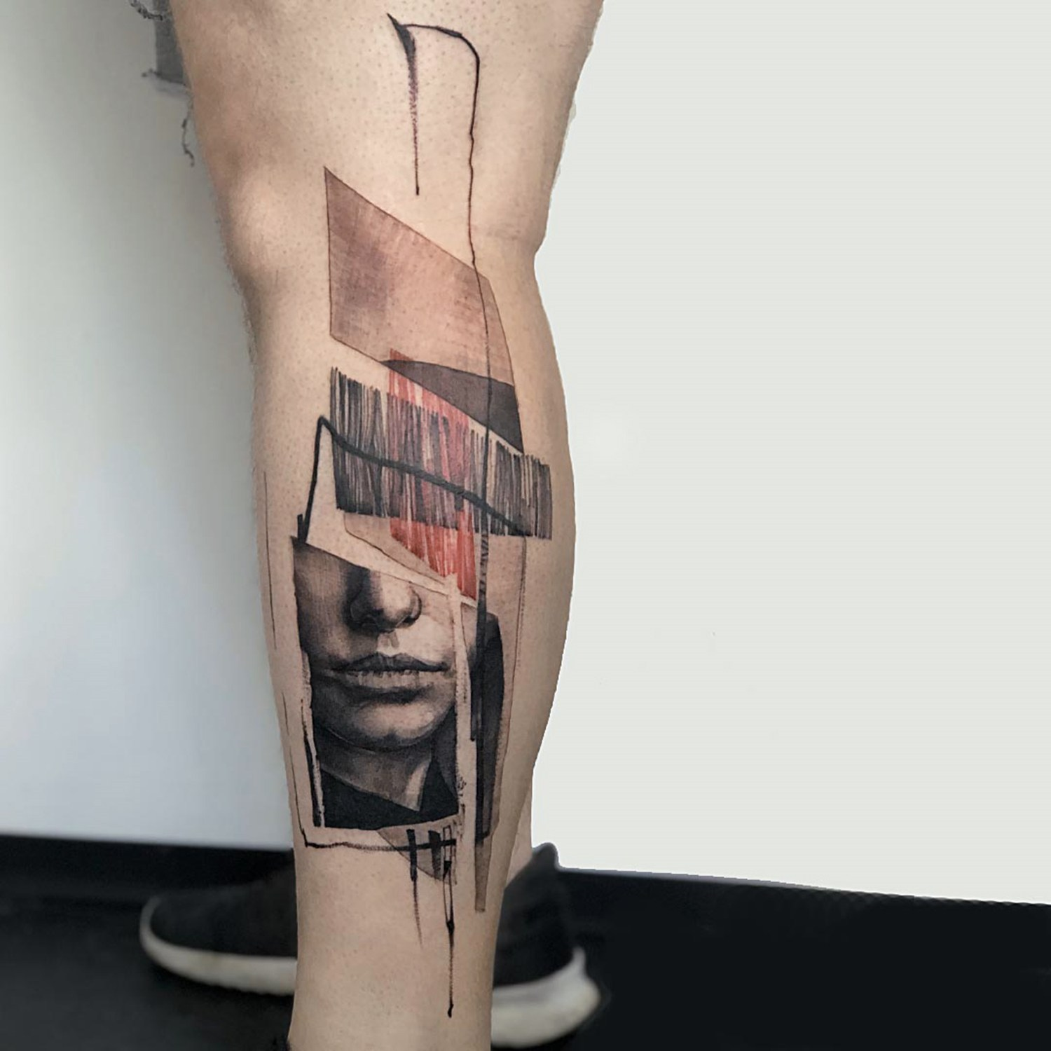 abstract tattoo on leg