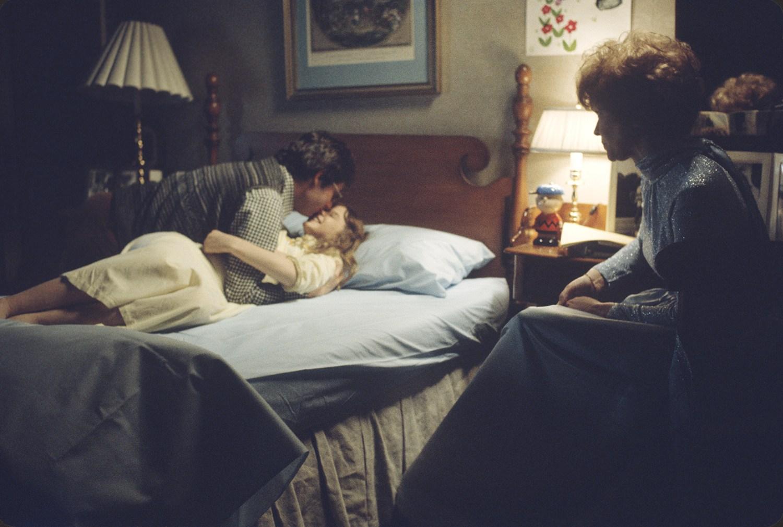 bed scene, leap of faith movie