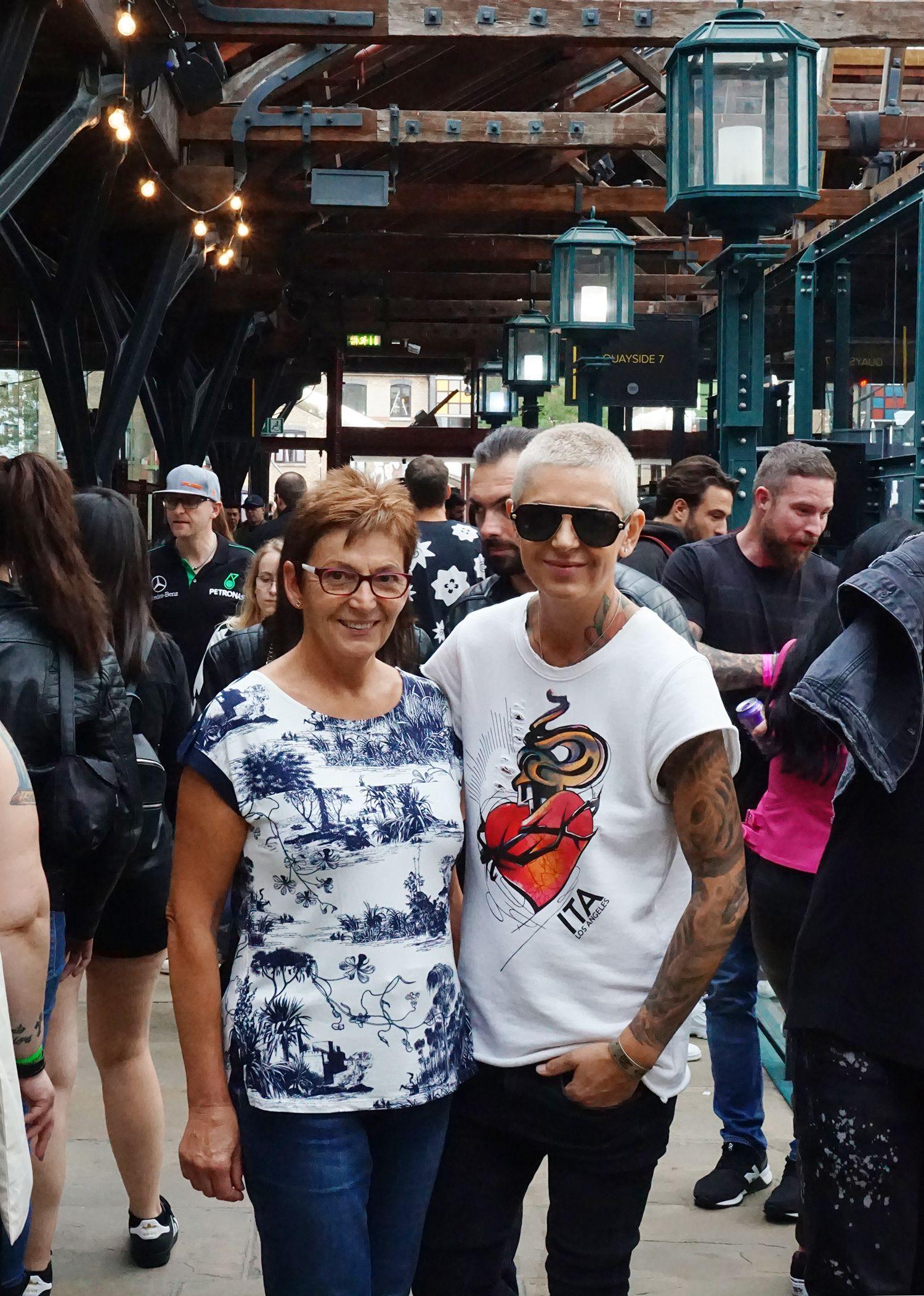 Alena and Ivana Belakova at the London Tattoo Convention. Photo by Scene360