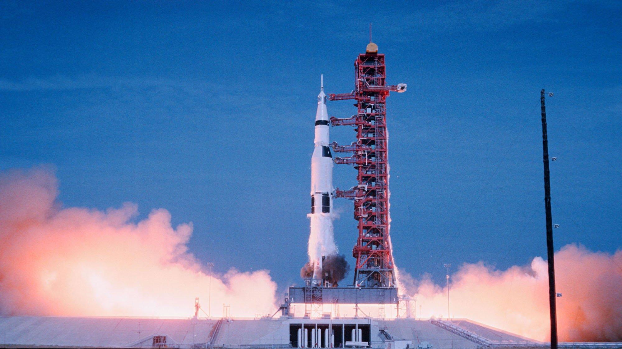Apollo 11, rocket, best films of 2019