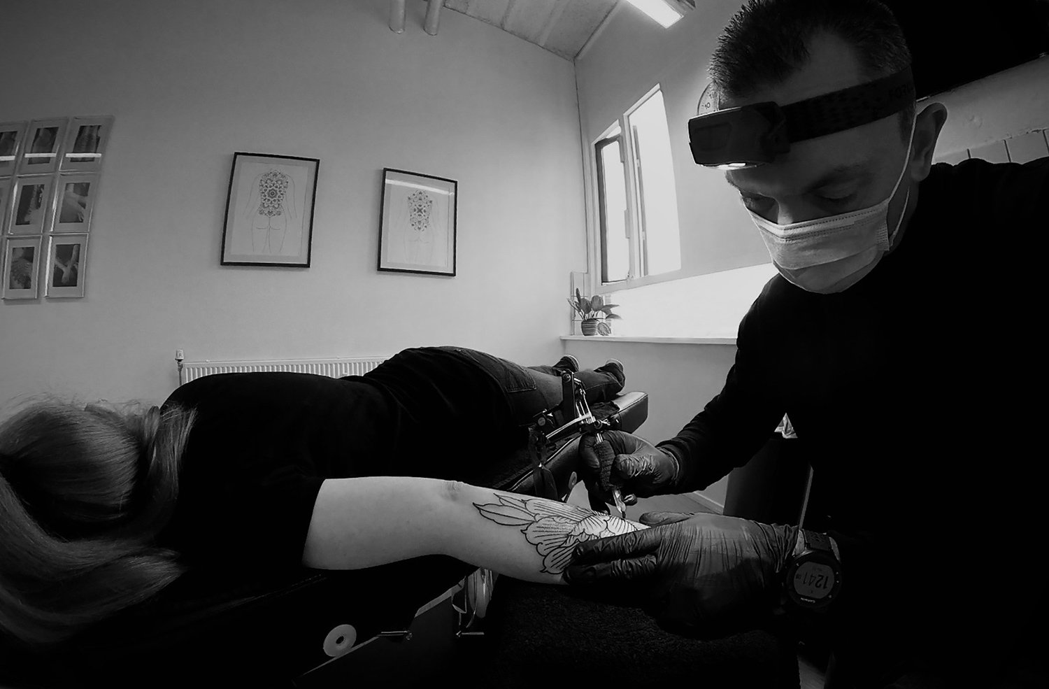 Tattoo Artist Paradox in private tattoo studio in the netherlands