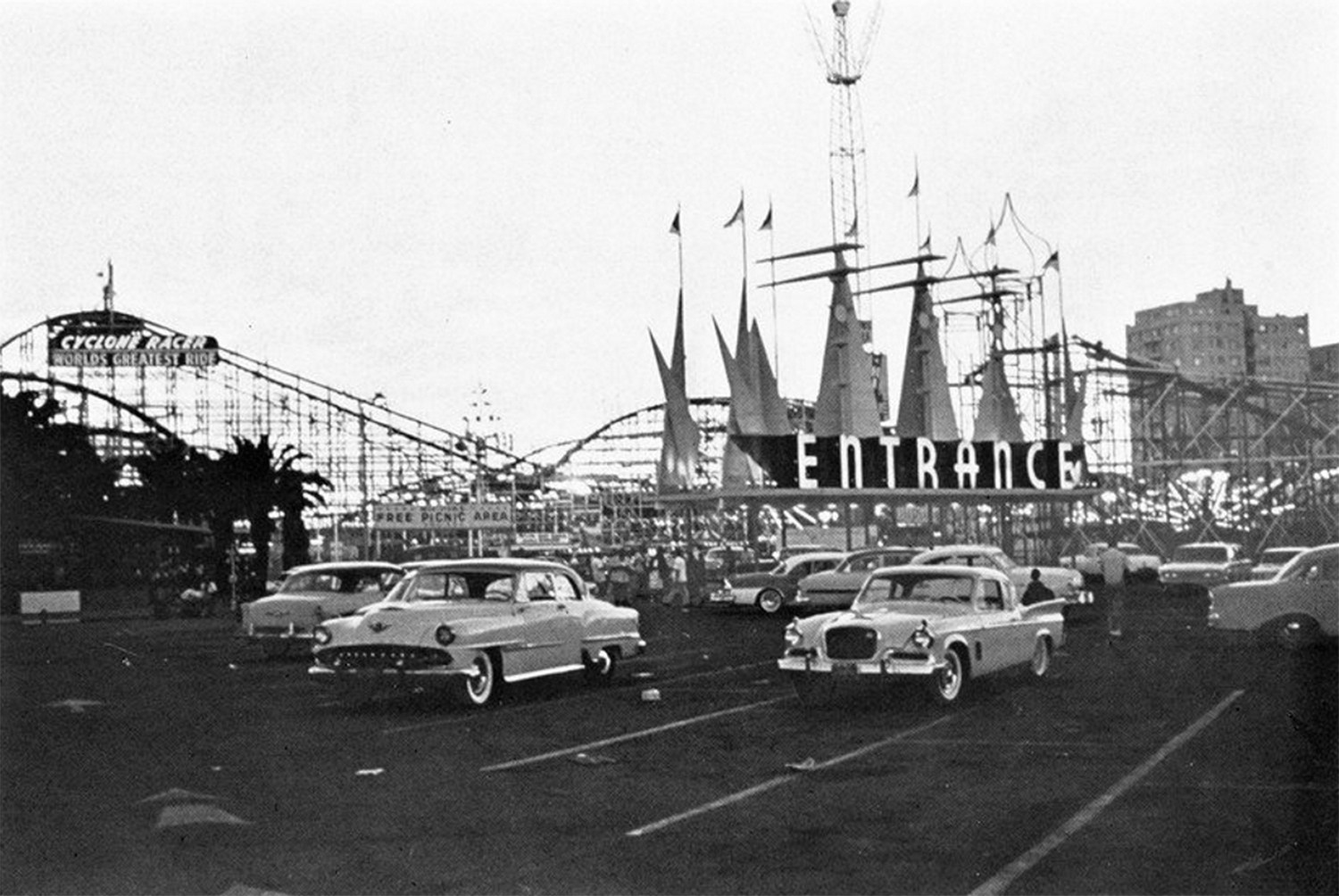 Entrance to The Pike in 1960 with the Cyclone Racer in the background.