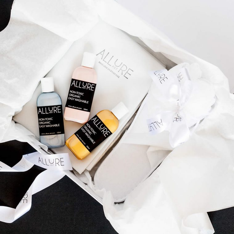"Giveaway: Win the Erotic ""Allure Art"" Kit"