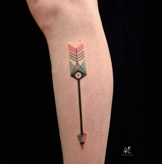 Ejsmont's Minimalist Tattooing Style