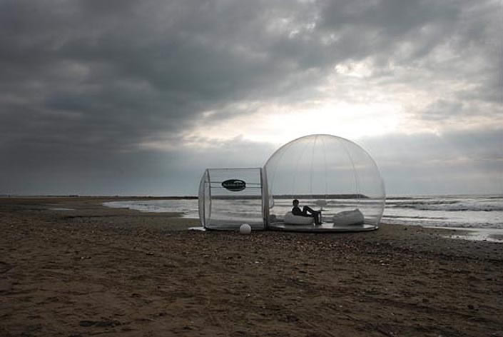 Transparent Bubble Rooms