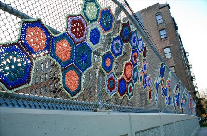 invasive_crochet_04