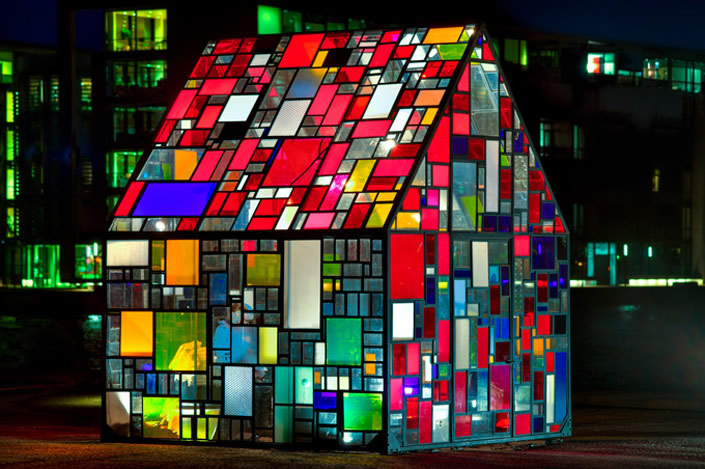 stainglass_house_06
